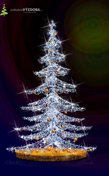 Vánoční strom, hliníková konstrukce, LED řetězy a koule.