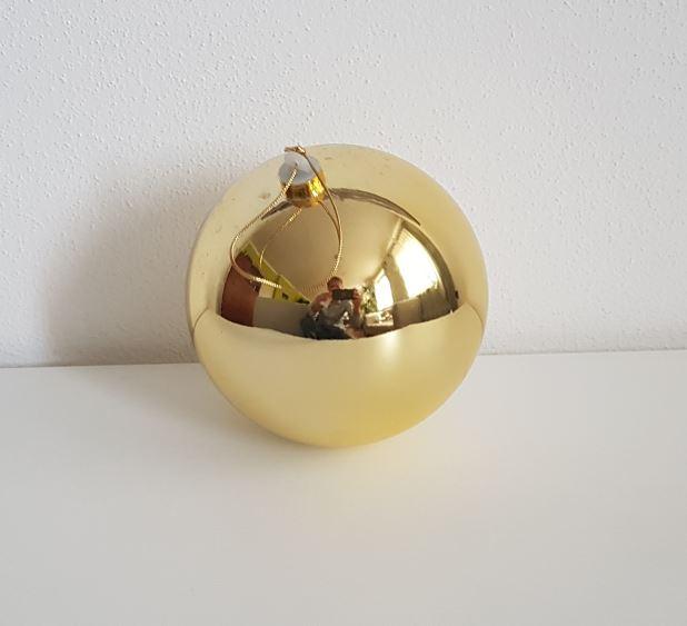 Vánoční koule zlatá 10cm