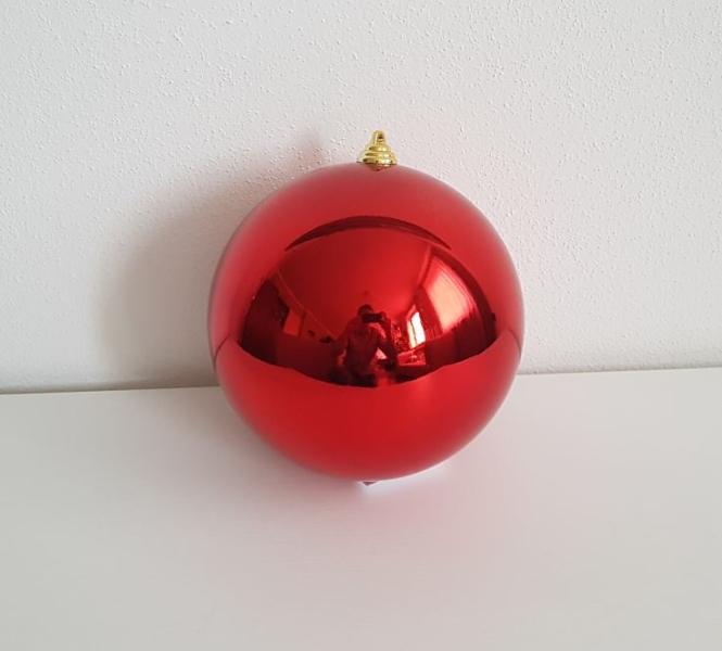 Vánoční koule červená 15cm