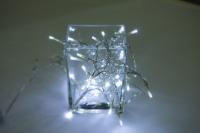 Vánoční LED řetěz na baterie 50 LED/5m studená bílá